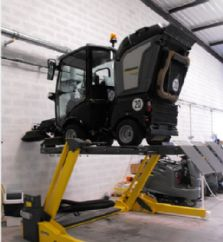 Yol Süpürme Araçları İçin 2 Sütunlu Platformlu Mobil Lift(FKB-FHB3000SS-2000+FA3PR220)