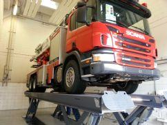 Ticari Araçlar İçin Yarı Makaslı Sabit Platform Lift - 25 Ton/9000 mm