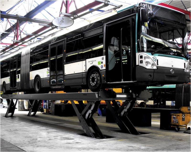 Ticari Araçlar İçin Yarı Makaslı Sabit Platform Lift - 25 Ton/14500 mm(FKB-HDS25-14500Single)