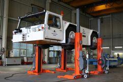 Hava Alanı Yer Hizmetleri Araçları İçin 4 Sütunlu Mobil Lift(FKB-EHB710V16-4-PR248)