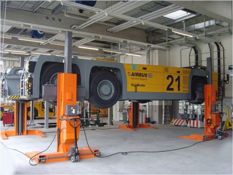 Hava Alanı Yer Hizmetleri İçin 4 Sütunlu Mobil Lift(FKB-EHB715G1-4)