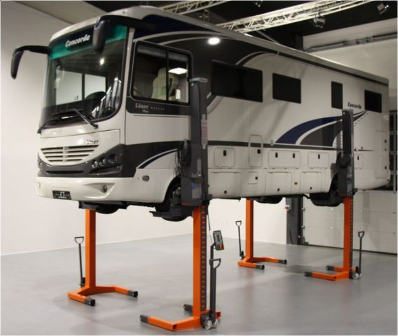 Hafif Ticari Araçlar İçin 4 Sütunlu Mobil Lift(FKB-EHB1003V11DC-4-FEX-wireless)
